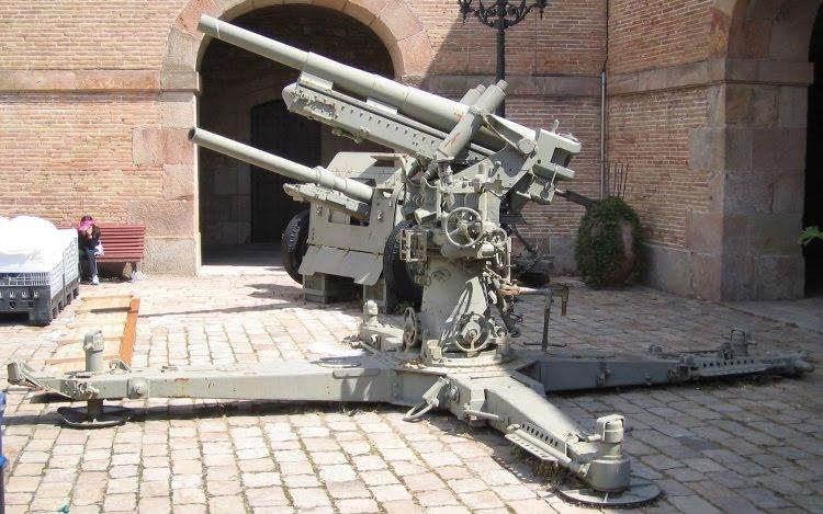 Original Period Items, 1919-38, Militaria, Collectibles  |Anti Aircraft Guns Spanish Civil War