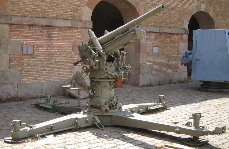Soviet Tank Operations in the Spanish Civil War | Weapons ...  |Anti Aircraft Guns Spanish Civil War